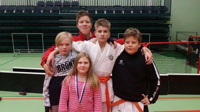 Lapinlahtelaisille judokoille mitaleita Iisalmen kisasta